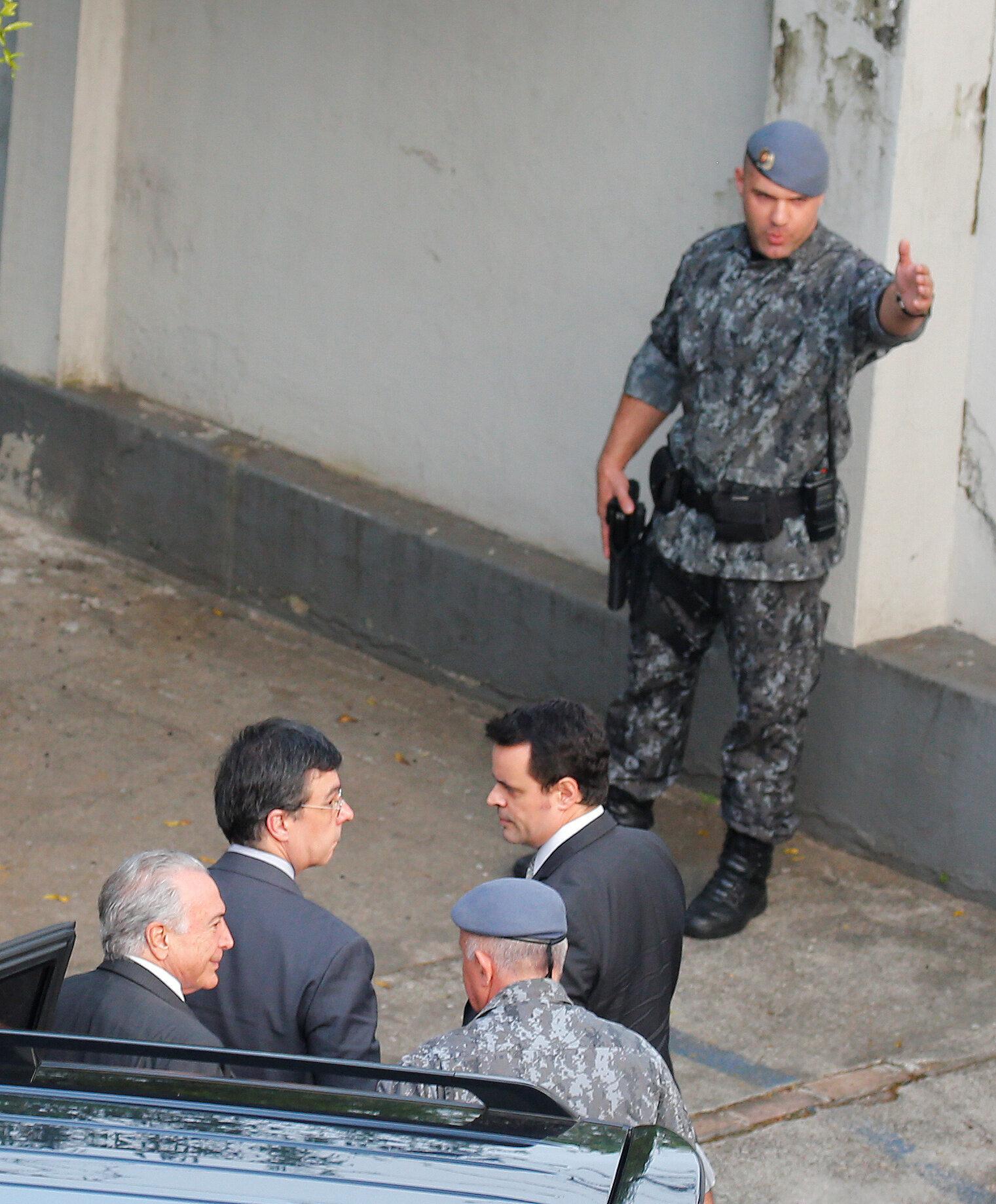 Temer pede e é transferido para comando de polícia de choque da PM de São