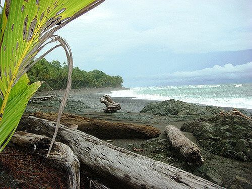 5 Costa Rican Beaches To Ease Your Winter
