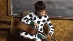 Blind 10-Year-Old Sings B.B. King Classic, Internet Falls In