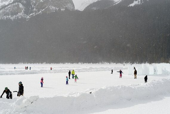 6 Reasons To Spend The Holidays At Lake