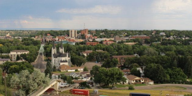 Medicine Hat Proves Idealism and Realism Can Walk Hand in