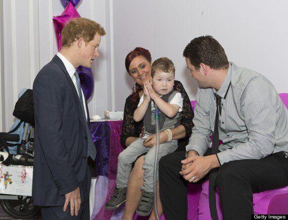 Prince Harry Hugs Carson Hartley At WellChild Awards Ceremony (VIDEO,