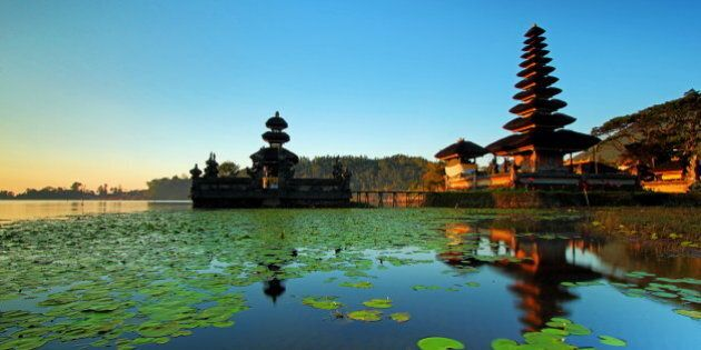 Morning at Pura Ulun Danu in Beratan lake,