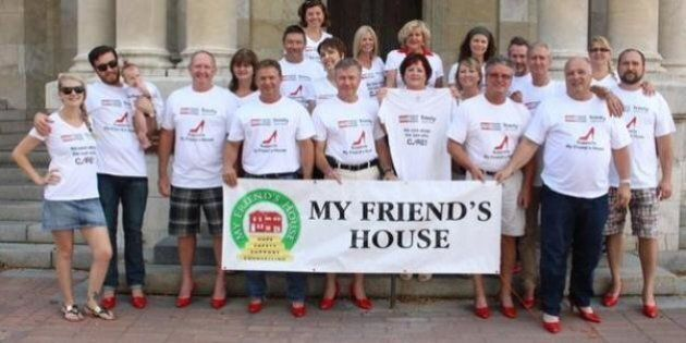 Collingwood 'Walk A Mile In Her Shoes' Event Raises $32,000 For Local Women's