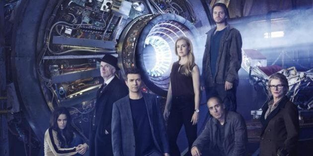 '12 Monkeys': 10 Things To Know About The Sci-Fi Movie-Turned-TV