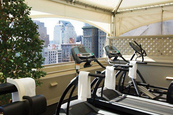 9 Hotels Gyms to Satisfy Your New Year's