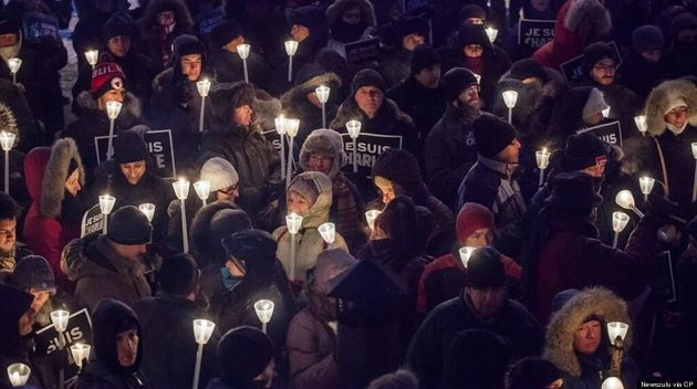 Charlie Hebdo Shooting: Montreal Braves Cold To Hold Stunning Vigil For Victims (PHOTOS,