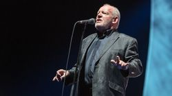 Iconic Singer Joe Cocker Dead At