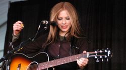 Avril Reportedly Suffering Undisclosed 'Health Issues,' Asks For
