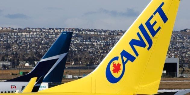 400 CanJet Passengers Stuck On Fredericton Runway For