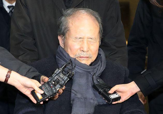 '포스코 비리' 재판에서 이명박 친형 이상득의 실형이