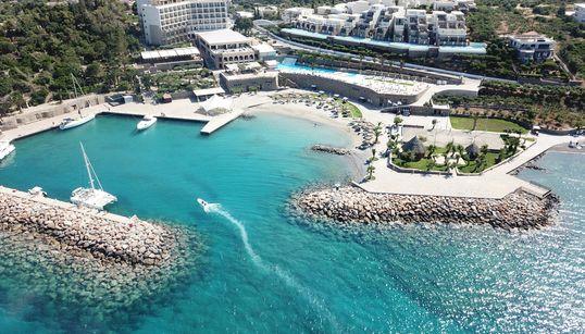 Η Wyndham Hotels & Resorts «πάτησε» πόδι στην