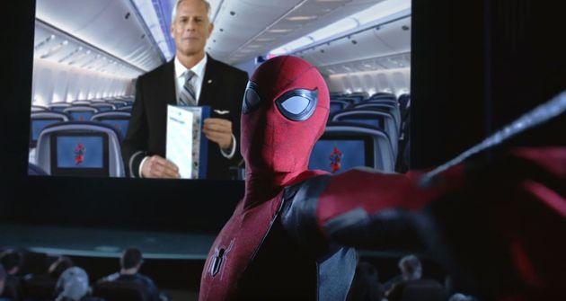 ユナイテッド航空の新たな機内ビデオ。スパイダーマンとコラボした内容となっている