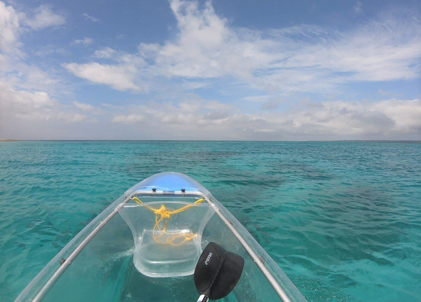 ▲沖繩北部景點推薦-水納島透明獨木舟體驗。(圖/Tripbaa趣吧!亞洲自由行專家)