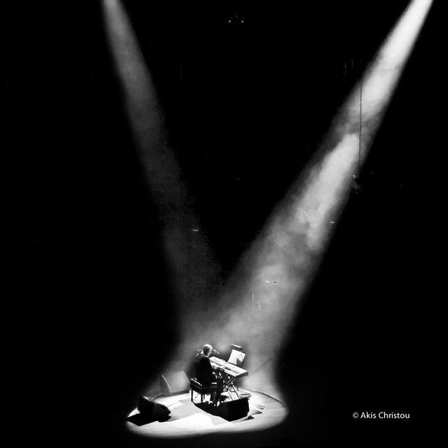 Έξτρα συναυλία ο Θάνος Μικρούτσικος, αυτή τη φορά στο
