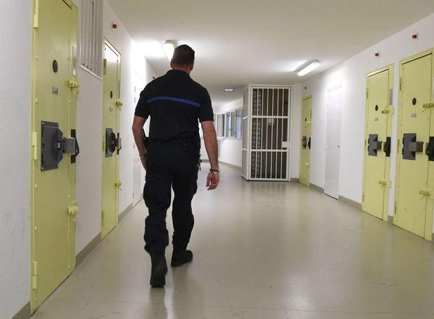 Un gardien à la prison de Sequedin, près de Lille, le 26 avril 2019. (photo