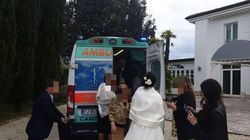 Il sogno del malato di Sla si realizza: fa 300 km in ambulanza per il matrimonio del