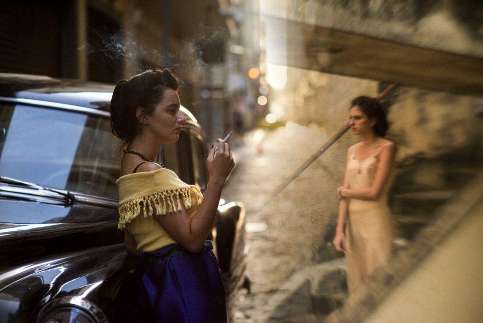 Duas irmãs, Eurídice e Guida, separadas pelos preconceitos do