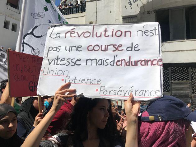 """Résultat de recherche d'images pour """"PHOTOS REVOLUTION DU 22 FEVRIER"""""""