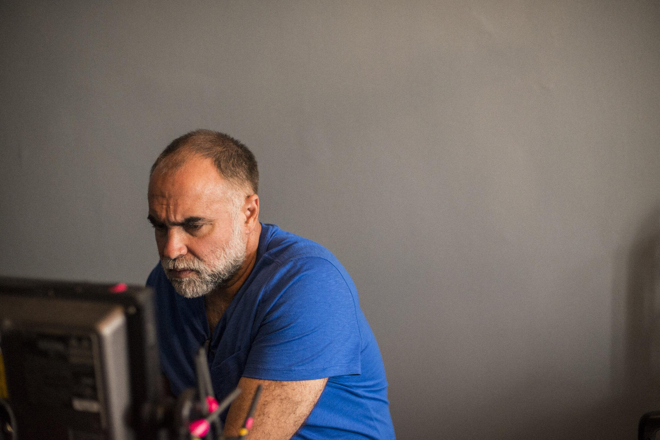 'Uma triste ironia', diz Karim Aïnouz sobre o Brasil no Festival de