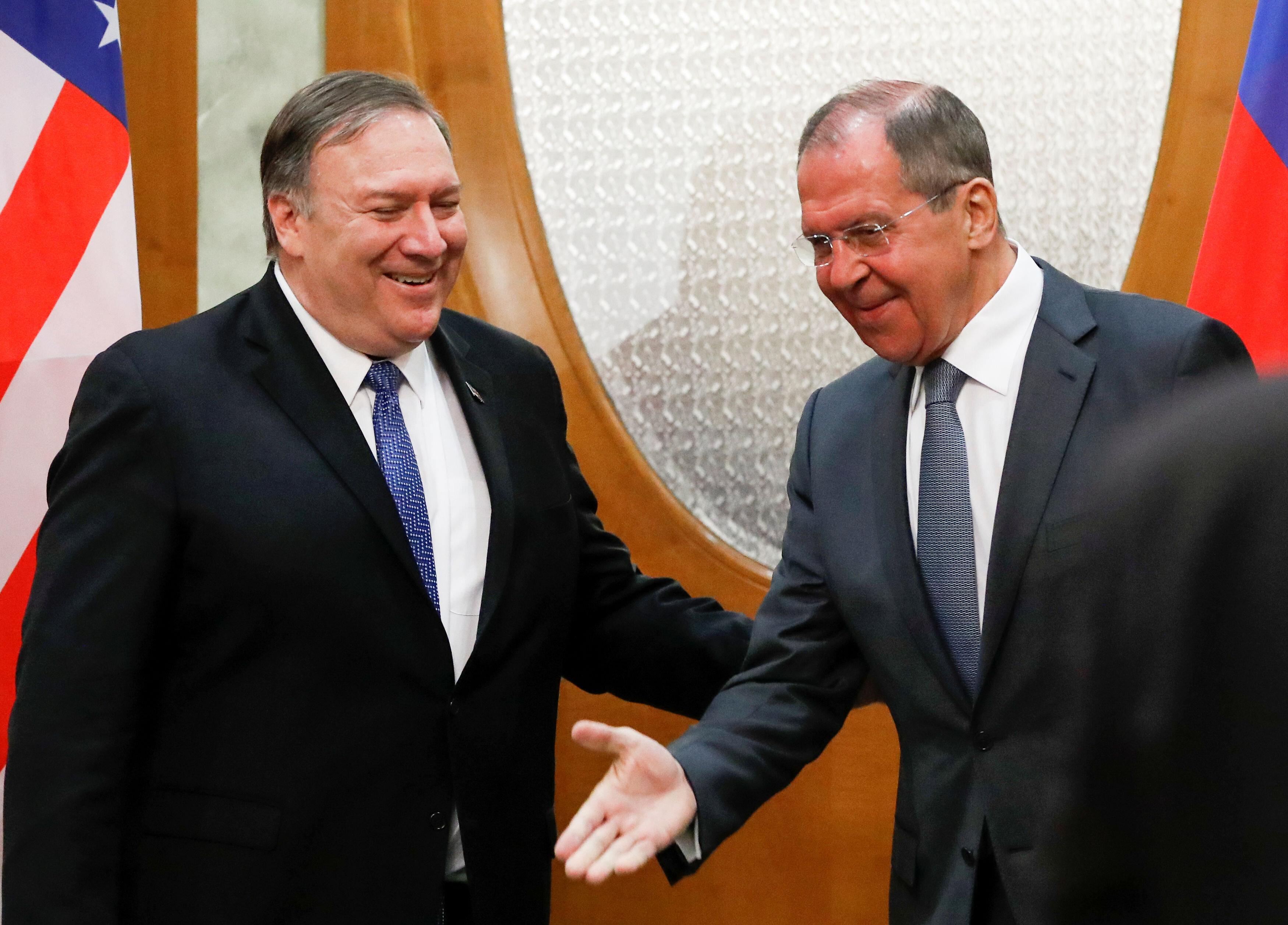 Neanche Putin attenua i propositi di Pompeo: fa il buono con la Russia ma è pronto a inviare 120mila soldati contro