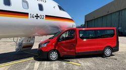 Βανάκι συγκρούστηκε με το αεροπλάνο της