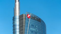 Unicredit torna in campo per