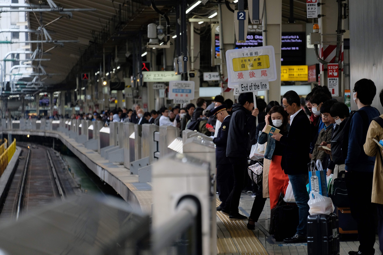 10連休/混雑する東京駅