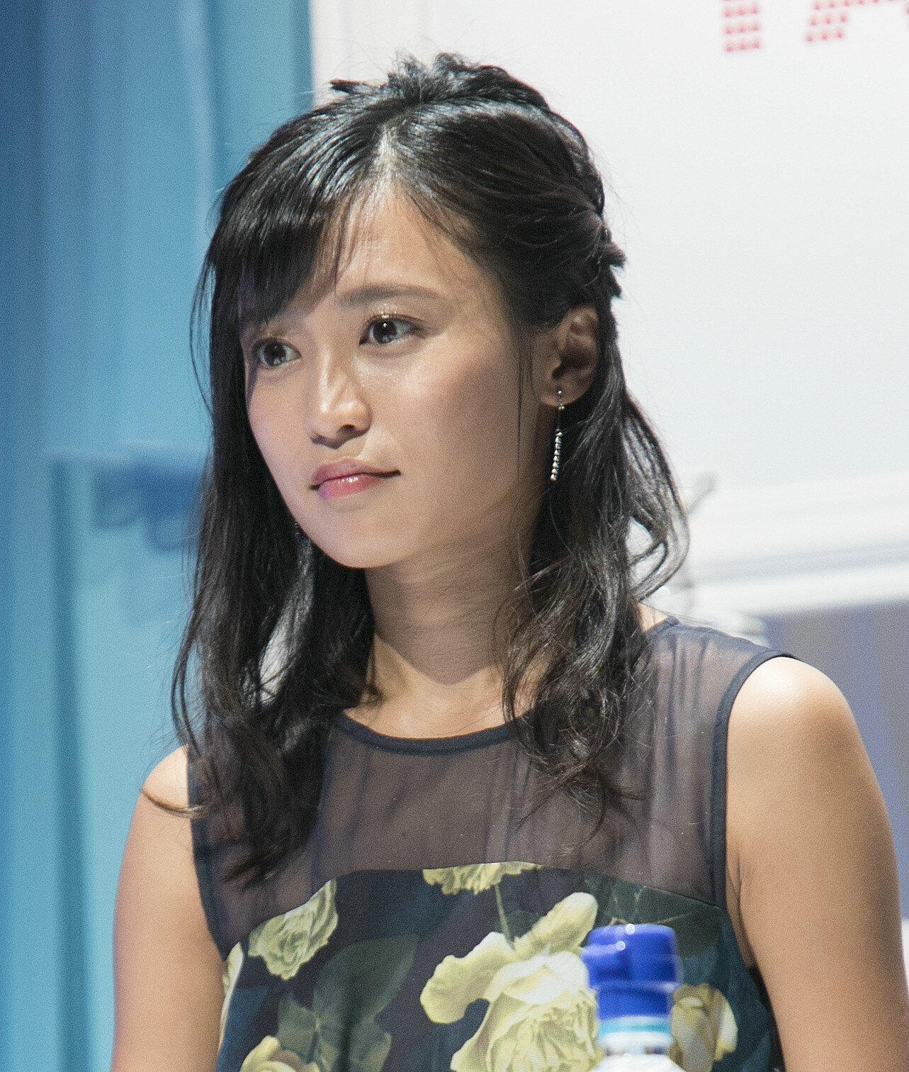 「第42回ホリプロタレントスカウトキャラバン決選大会」で司会を務める、タレントの小島瑠璃子さん