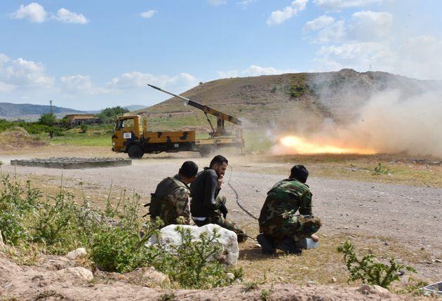 Συρία: Τουλάχιστον 15 άμαχοι νεκροί σε βομβαρδισμούς στο βορειοδυτικό τμήμα της