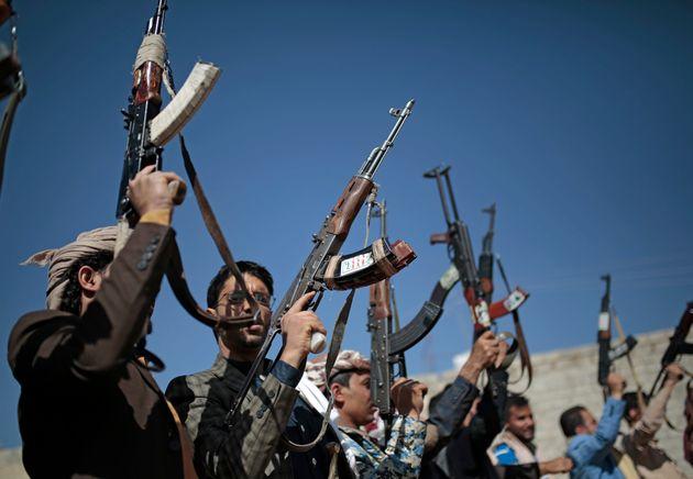 Υεμένη: 97 νεκροί και 120 αιχμάλωτοι αντάρτες