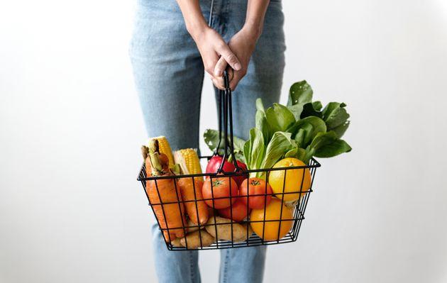 핀란드에서 20년 동안 버려진 음식을 먹고 산 채식주의자의