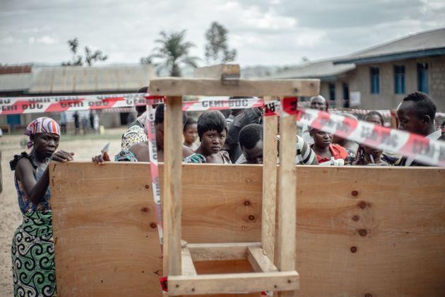 Έμπολα στη Λαϊκή Δημοκρατία του Κονγκό: Όλα όσα πρέπει να ξέρετε για τον θανατηφόρο