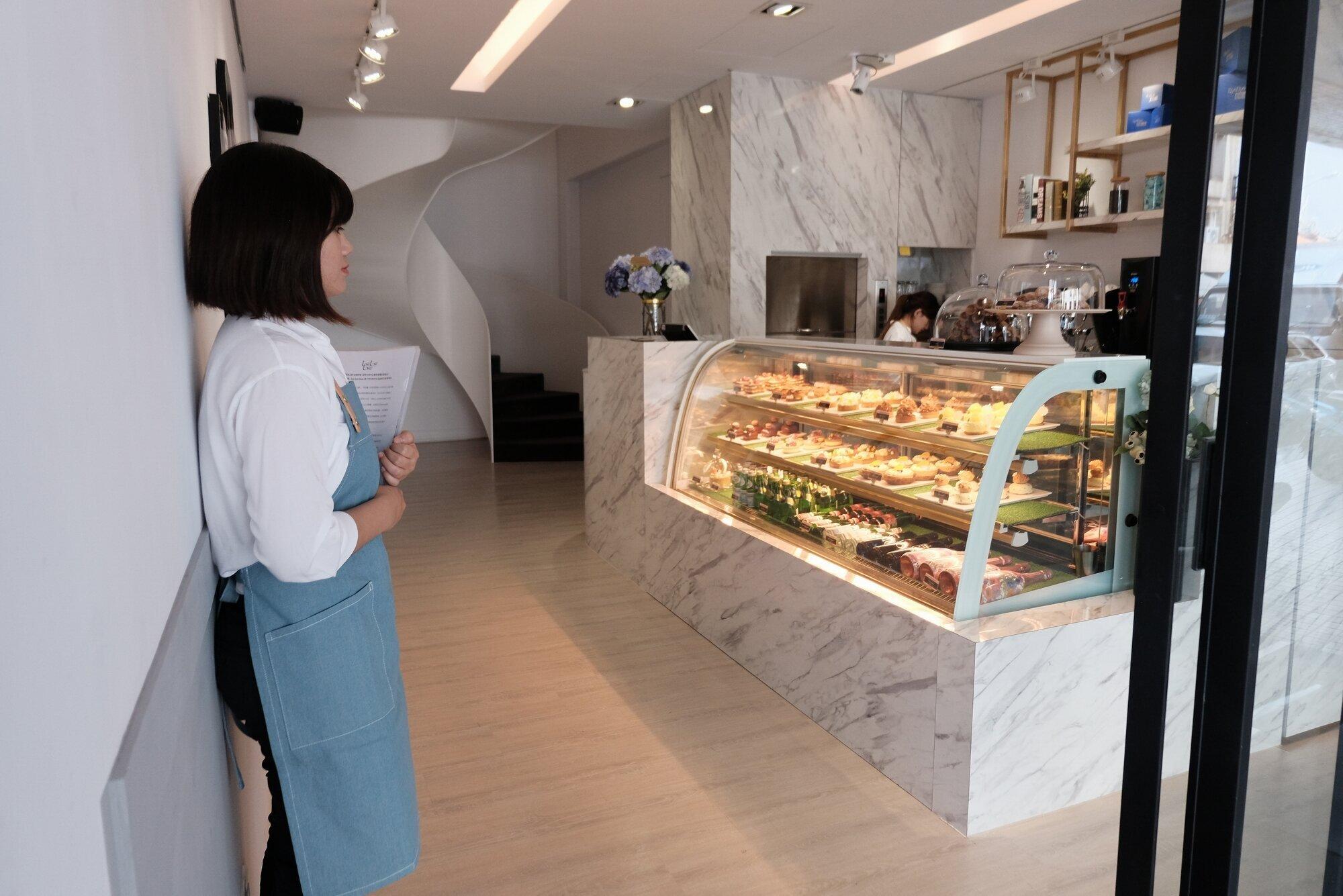 米其林等級的甜點店「Bye bye blues」海外首家店就選在台南,5/18將開賣。