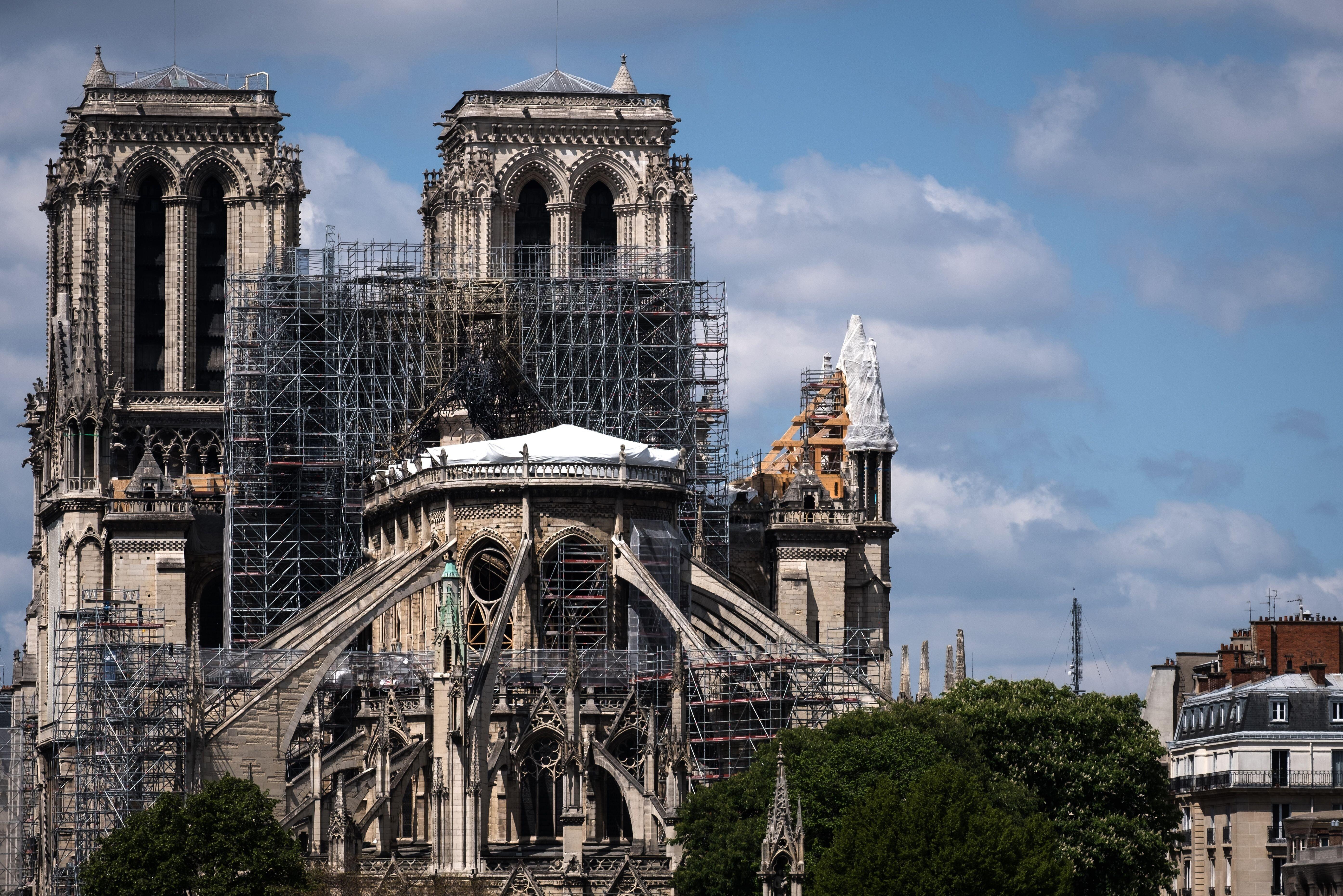 Notre-Dame de Paris: le Canada offre du bois d'oeuvre et de l'acier