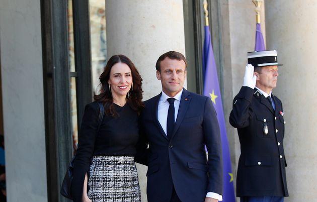 Jacinda Arden et Emmanuel Macron à l'Élysée le 15 mai