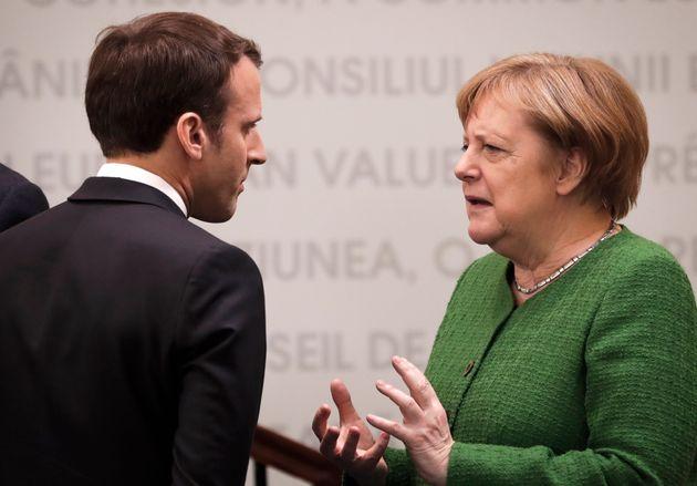 Emmanuel Macron et Angela Merkel lors d'un sommet de l'UE à Sibiu, en Roumanie, le 9 mai