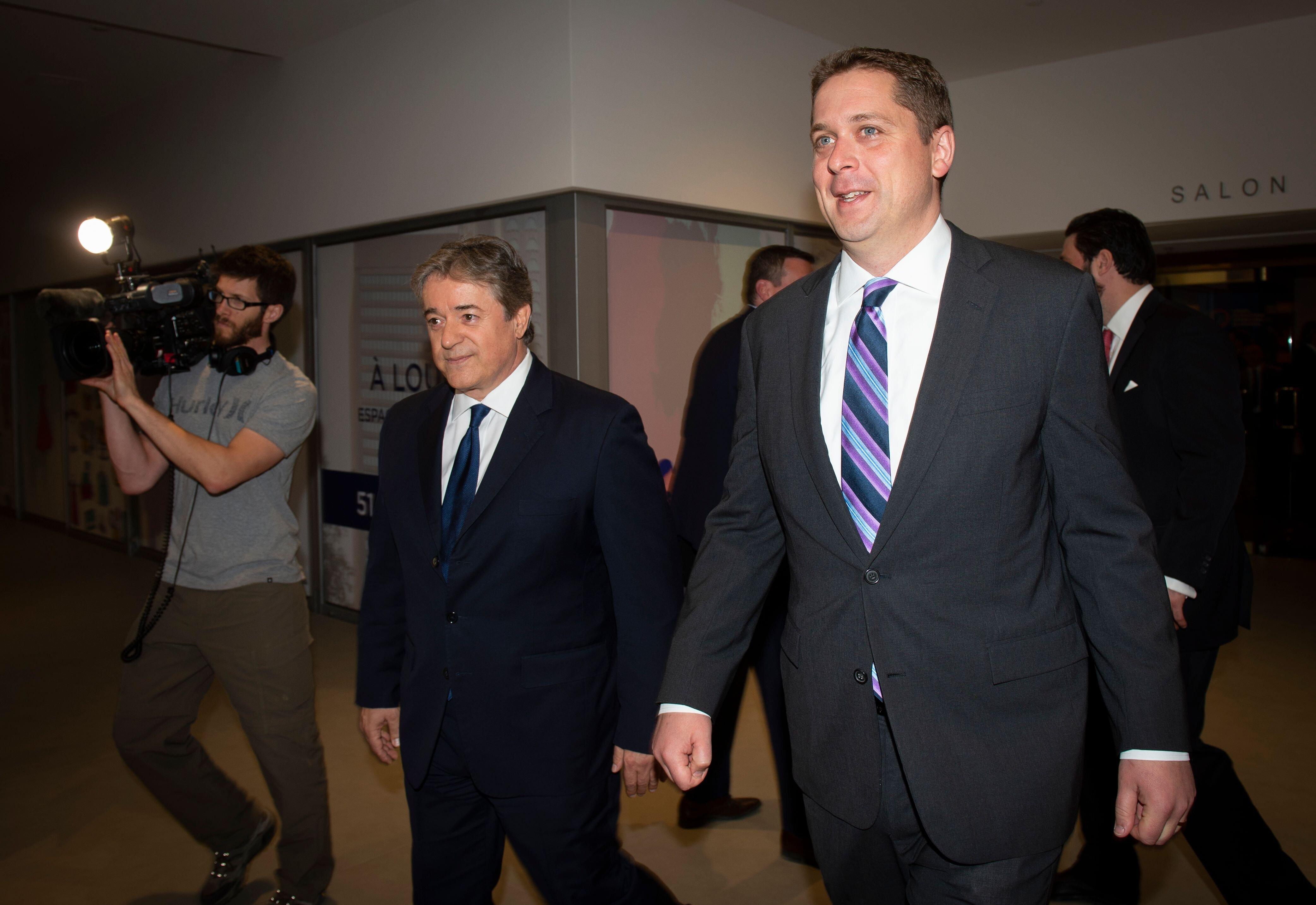 Le chef conservateur Andrew Scheer a, à nouveau, promis qu'il présenterait son propre...