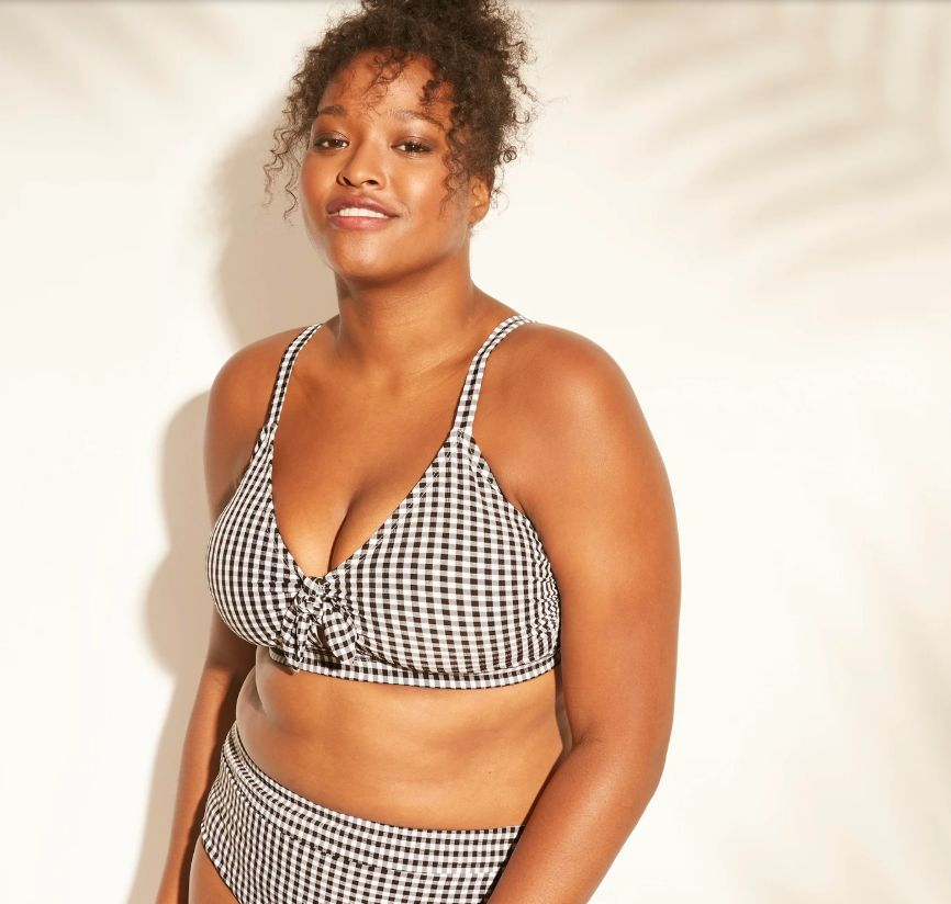 25 Hot Plus-Size Swimsuits That Are WAY Sexier Than A Damn