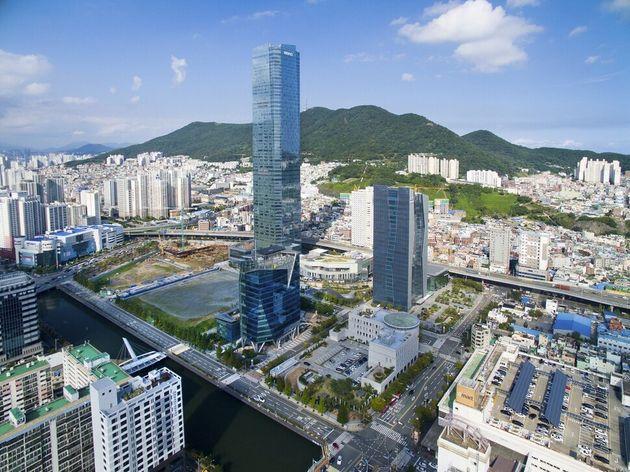 10개 혁신도시 가운데 가장 성공적인 사례로 평가받는 부산혁신도시