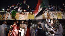 Soudan: les généraux suspendent pour