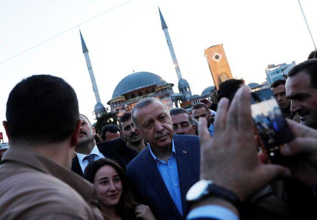 To μακρύ χέρι της Τουρκίας στην Ανατολική