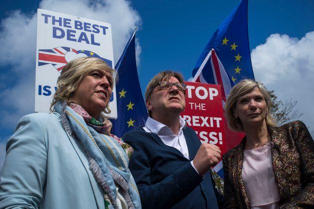 Guy Verhofstadt, el pasado 10 de mayo en Londres, participando en una protesta contra el
