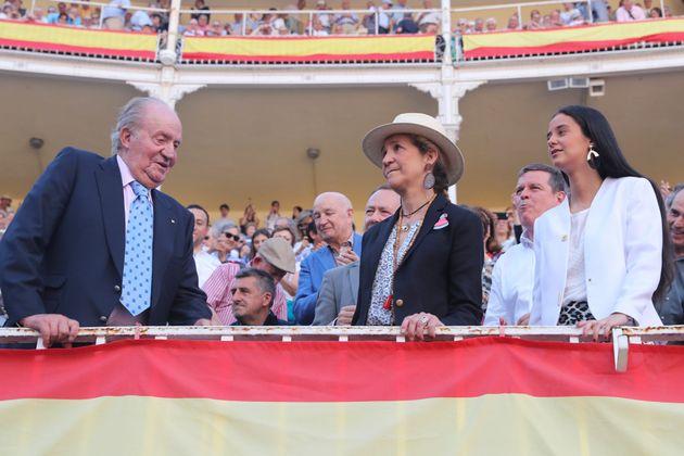 La comentada foto de Victoria Federica con el rey Juan Carlos en los
