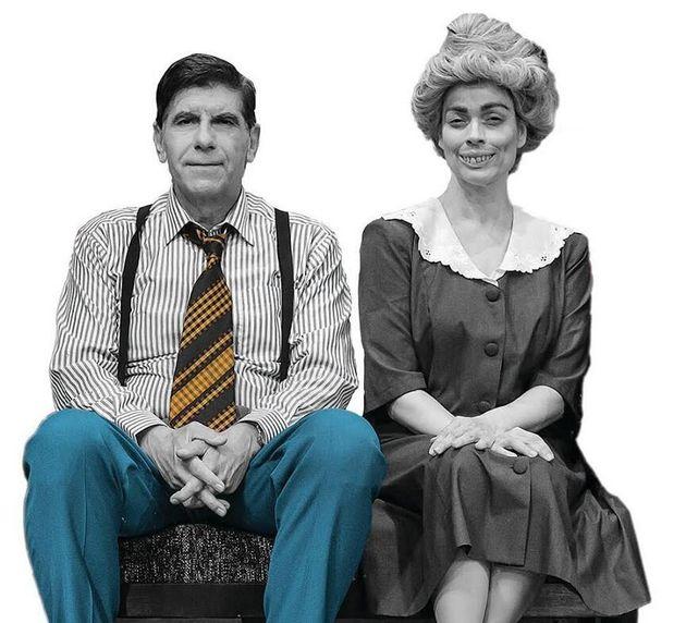 Γιάννης Μπέζος και Δάφνη Λαμπρόγιαννη (ως Ευτυχία στην εκπληκτική μεταμόρφωση της για τις ανάγκες του ρόλου).