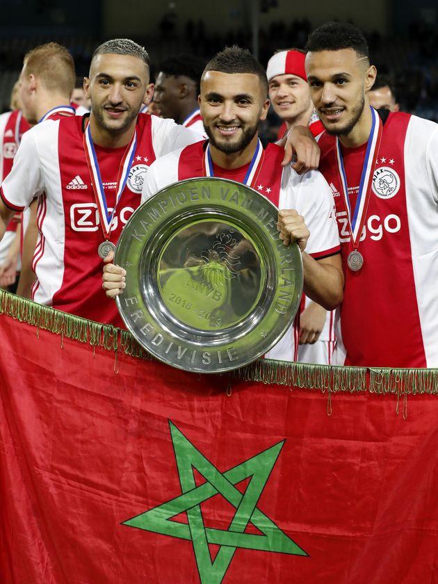 Hakim Ziyech,Zakaria Labyad et Noussair Mazraoui fête le sacre de l'Ajax