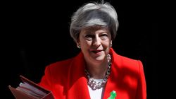 Brexit: Η Τερέζα Μέι συμφώνησε στον ορισμό χρονοδιαγράμματος για την παραίτησή
