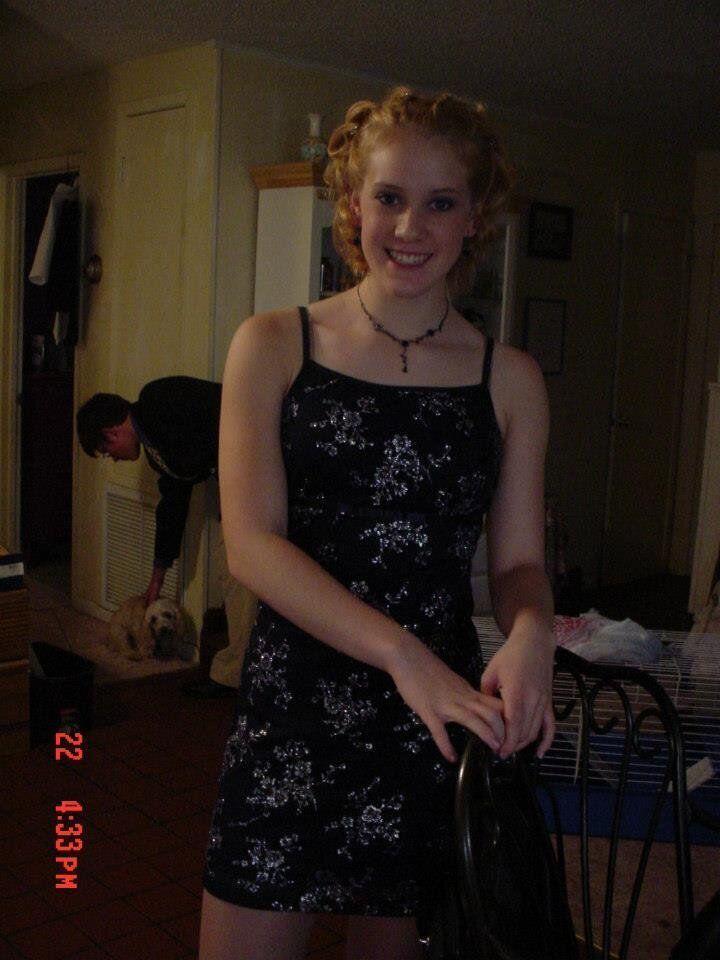 Zirlott na noite de um baile na escola