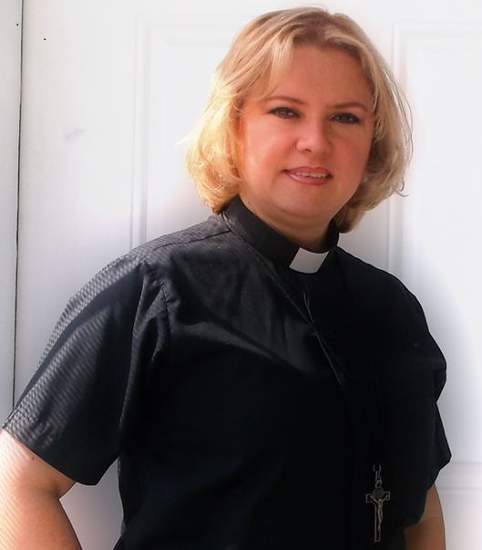 Rev. Betty Rendón is a part-timeminister at Emaus ELCA in Racine, Wisconsin.