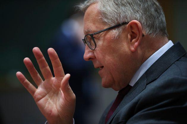 Ρέγκλινγκ: Τα μέτρα της ελληνικής κυβέρνησης ίσως απειλήσουν τους στόχους του